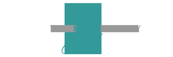 tracyesphotography.com logo